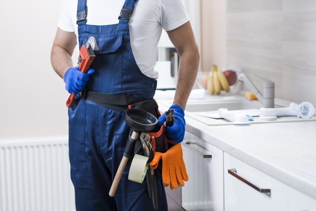 crop-plumber-kitchen | Arab Maintenance